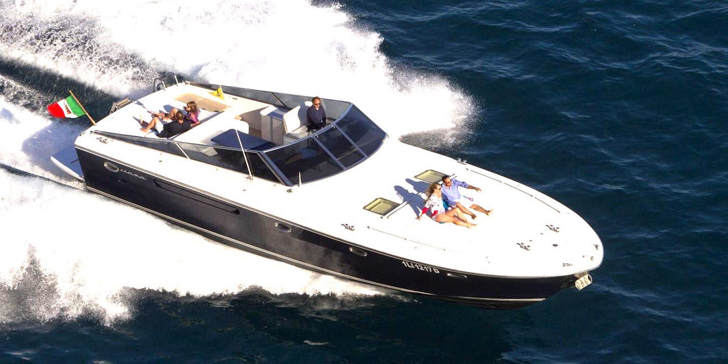 luxury yacht rental in Amalfi Coast